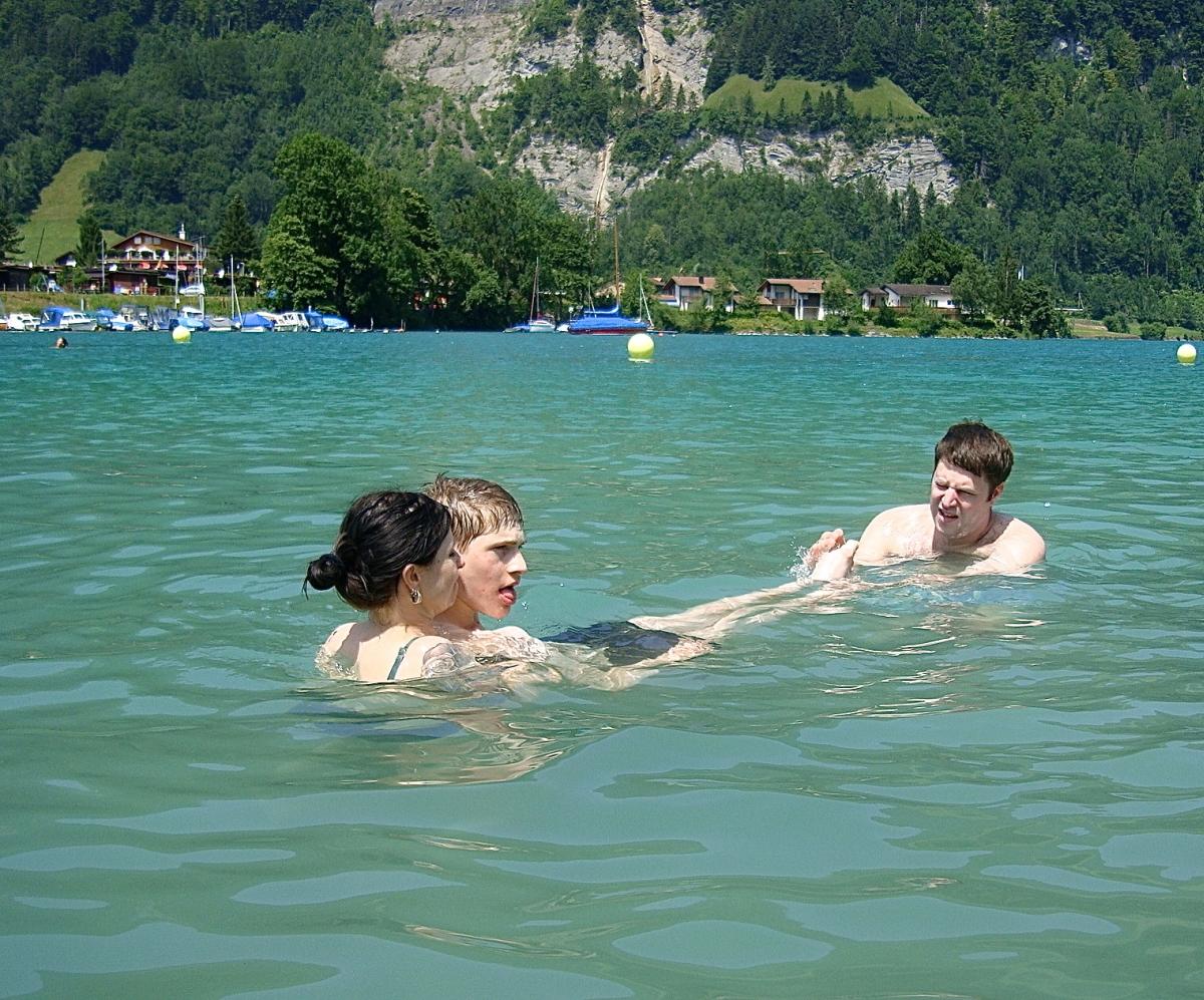 Wohnen-schwimmen-2